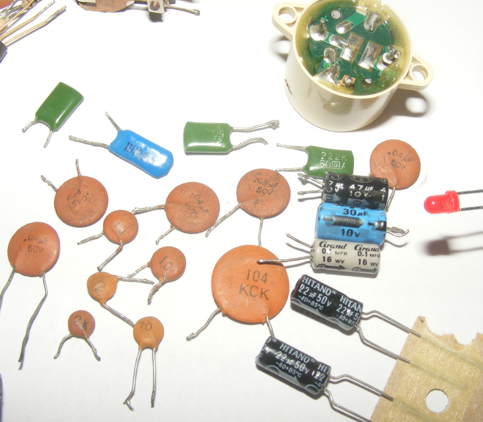 Simple Intermittent Beep Circuit Piezo Electric Buzzer Explained Homemade Projects Electronics Old 1