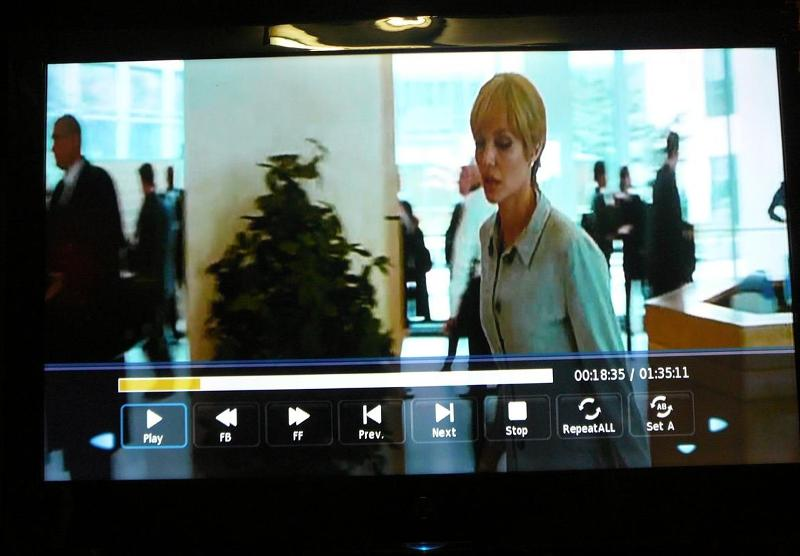 Divx avi Movie on a USB