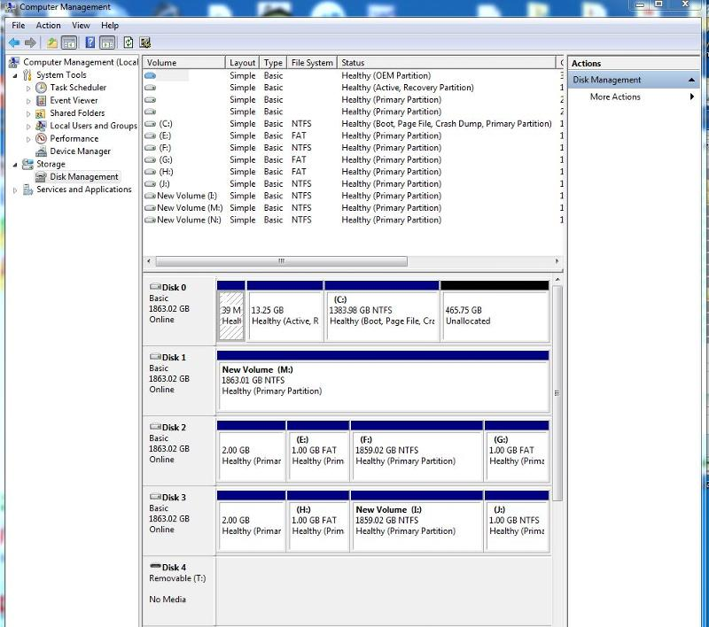 "Shows screen shot of ""Disk Management"""