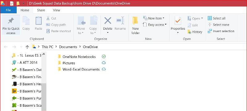 Clicking on Onedrive Folder in my Documents U will see this