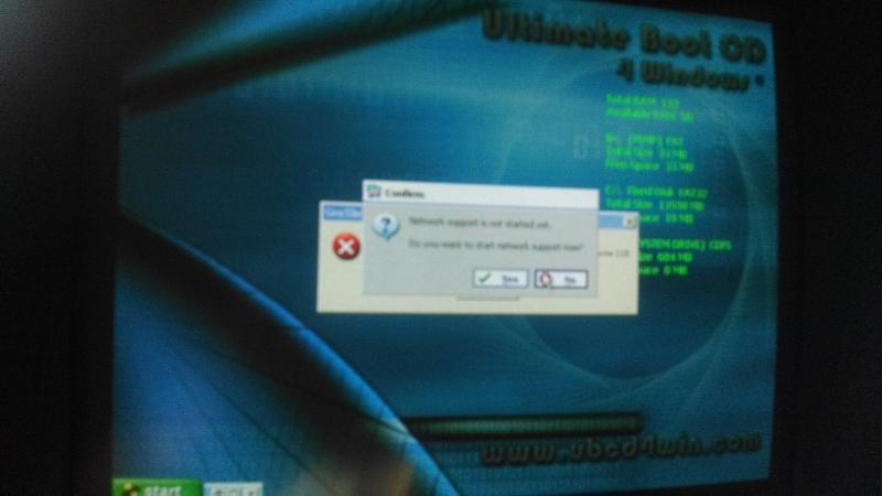 UBCD4WIN Desktop w/ Pop-ups